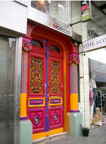 Paris Shopping area Rue De Rivoli