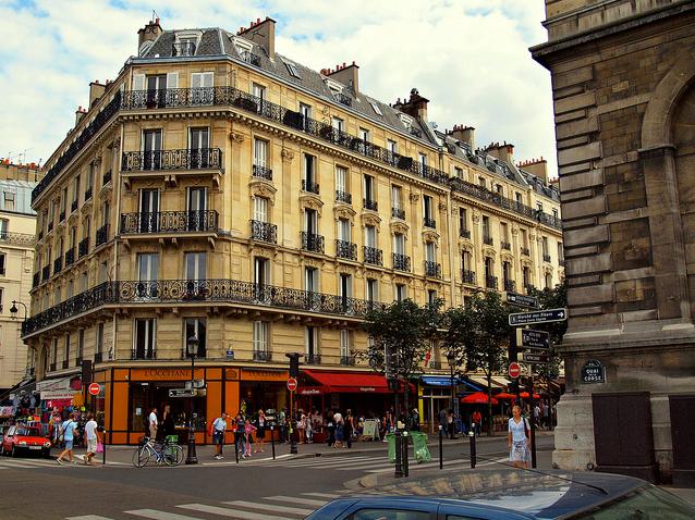 Paris Shopping on the Street